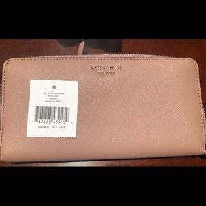 Kate Spade Cameron Continental Wallet NWT